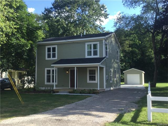 8919 GITTINS Street, Commerce Twp, MI 48382