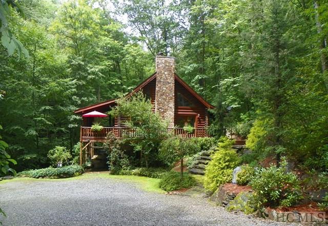 543 Bear Track Drive, Tuckasegee, NC 28783