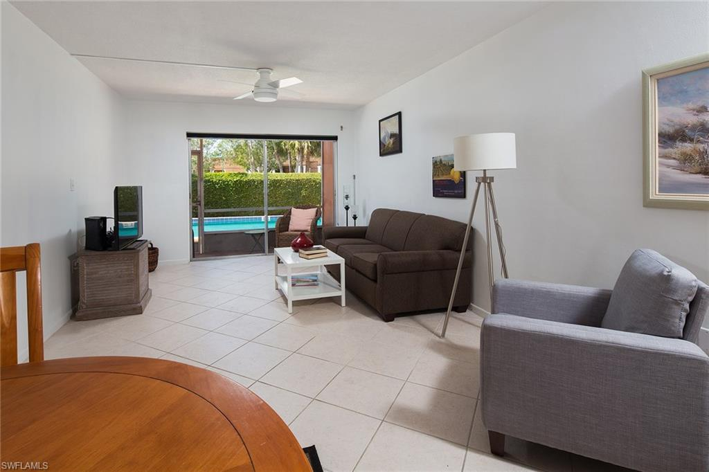 72 7th ST S 108, NAPLES, FL 34102
