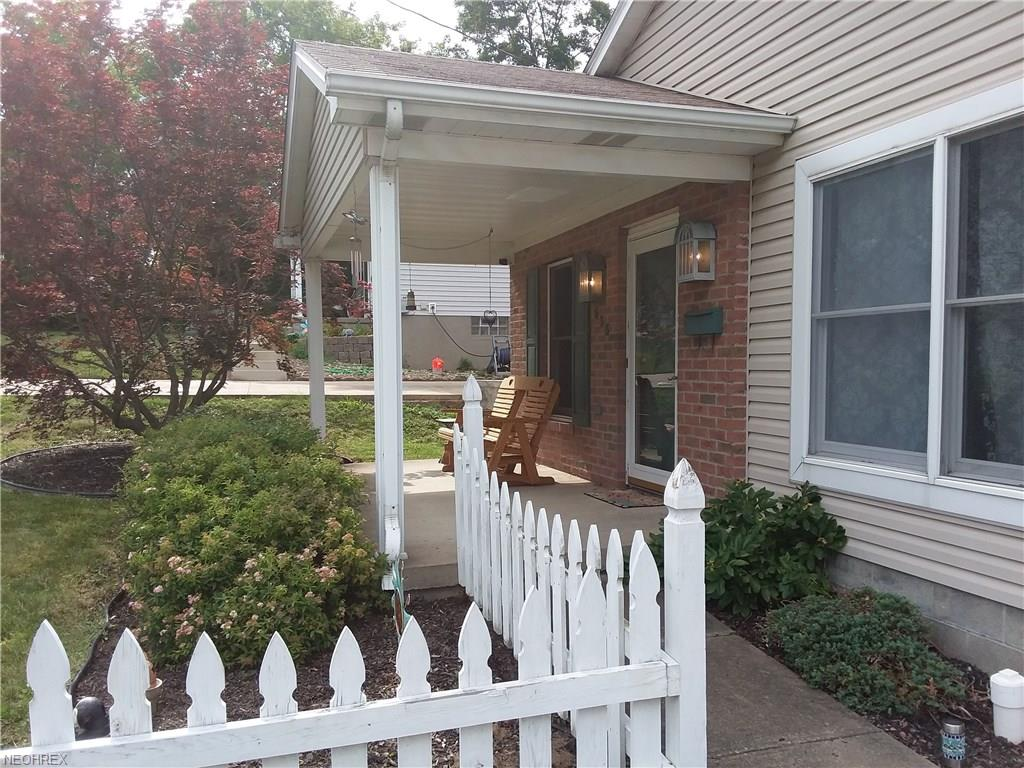 633 Lincoln Ave, Struthers, OH 44471