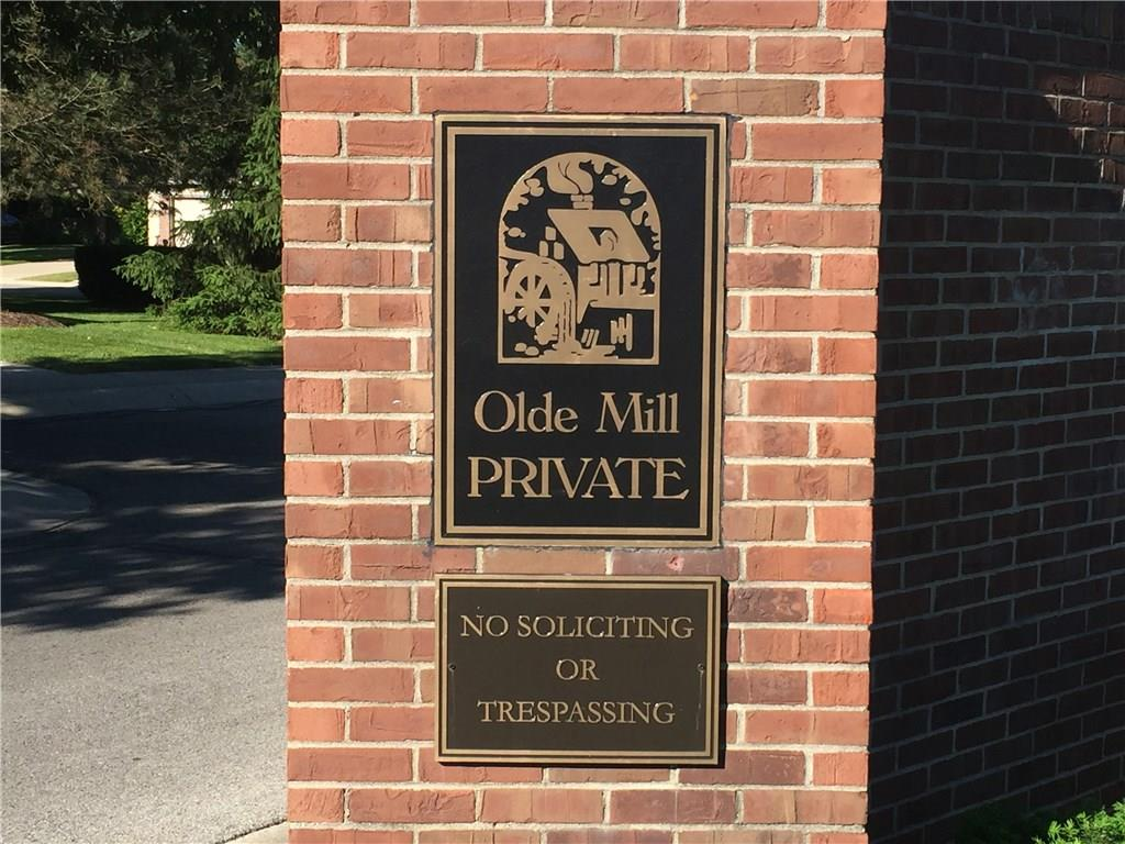 8457 Olde Mill Circle West Drive 9-4, Indianapolis, IN 46260