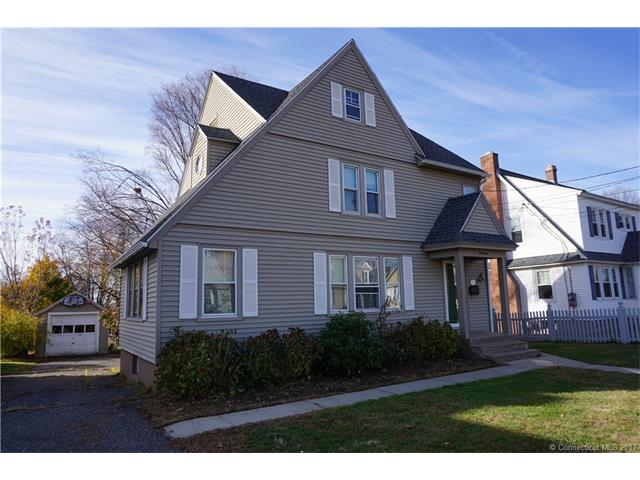 32 Strong St, Manchester, CT 06042