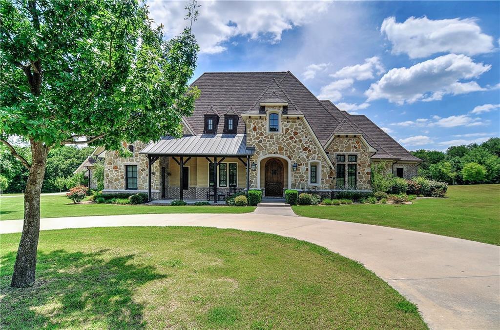 42 Red Oak Court, Sherman, TX 75092