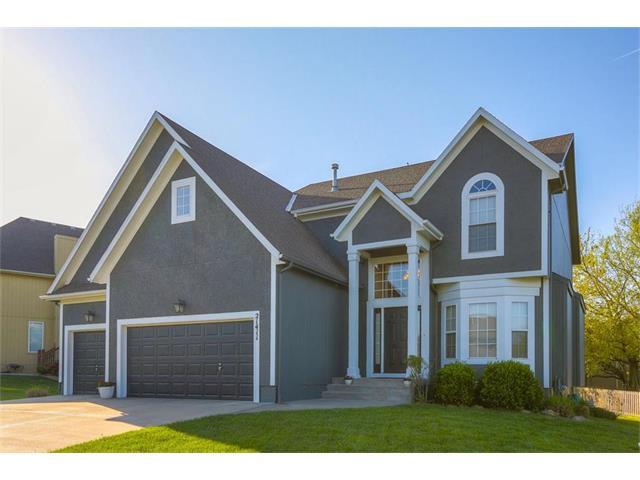 21411 W 112th Terrace, Olathe, KS 66061