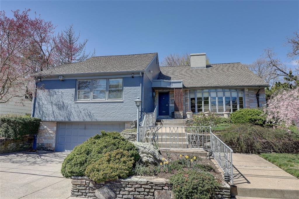 27 BROOKWAY RD, East Side of Prov, RI 02906