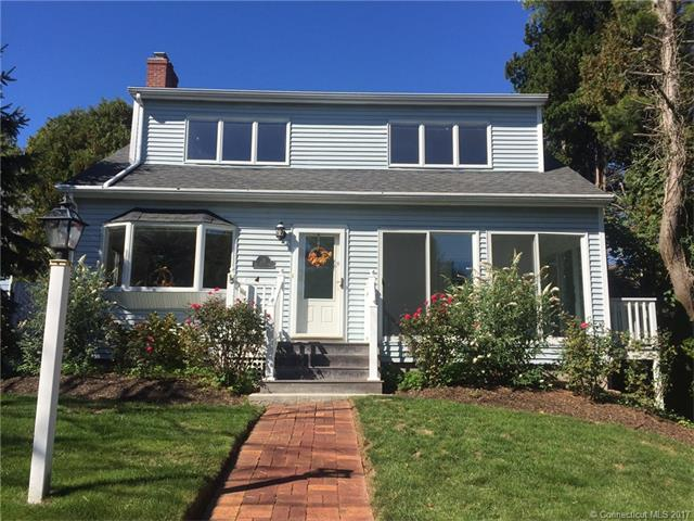 28 Middlefield St, Groton, CT 06340