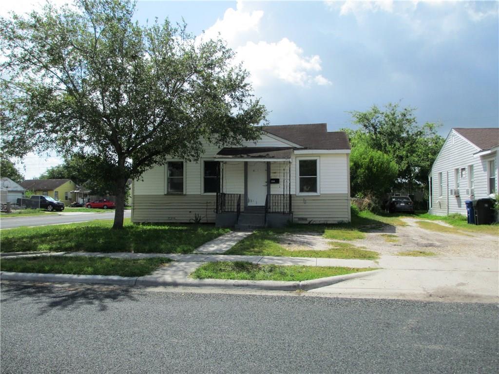 4802 Easter Dr, Corpus Christi, TX 78415