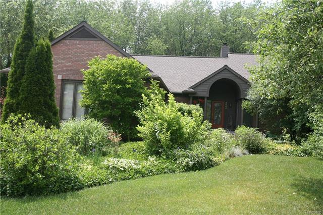 5665 SHEFFIELD Drive, Independence Twp, MI 48346