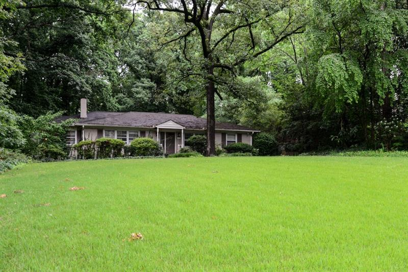 3135 NW Wood Valley Road, Atlanta, GA 30327