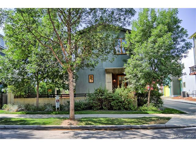 1039 Neon Forest Circle, Longmont, CO 80504