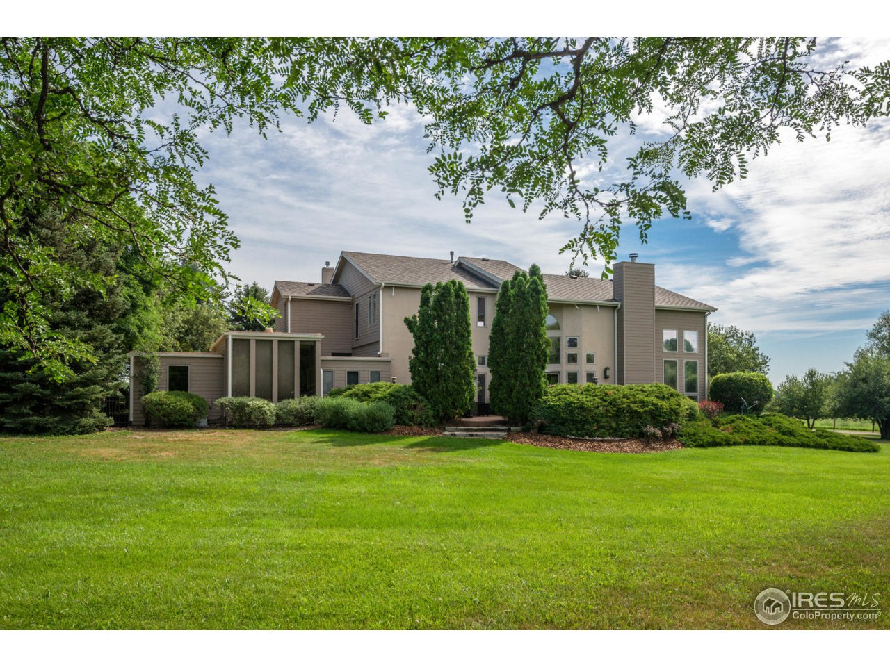 5206 Fossil Creek Dr, Fort Collins, CO 80526