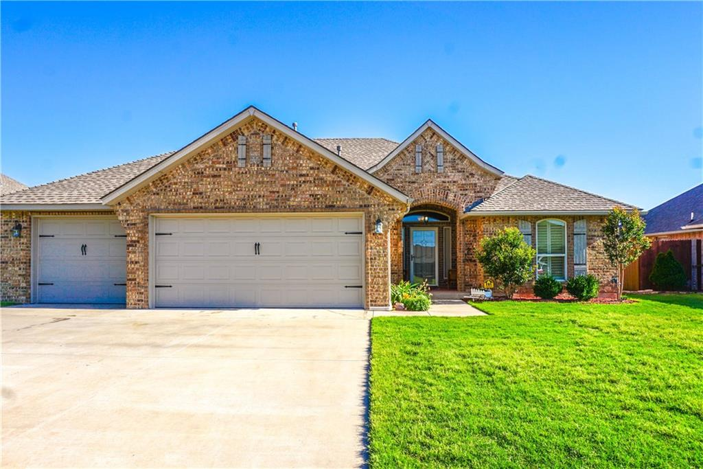 2504 SE 10th Court, Moore, OK 73160