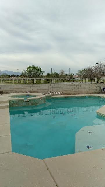 6517 CANDY APPLE Circle, Las Vegas, NV 89142