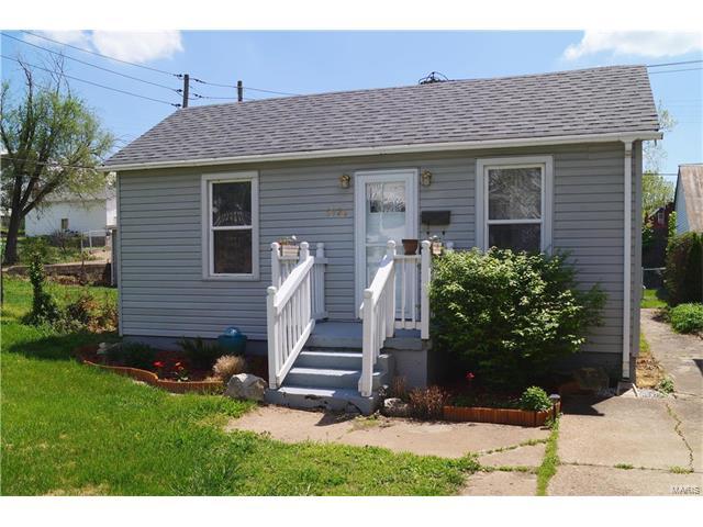 6920 Sutherland Avenue, St Louis, MO 63109