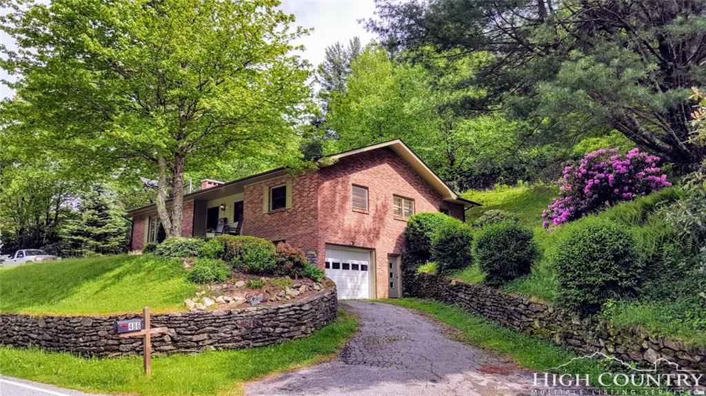486 Middle Fork Road, Blowing Rock, NC 28605