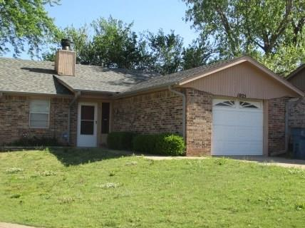 1025 Parkview Drive, Midwest City, OK 73110