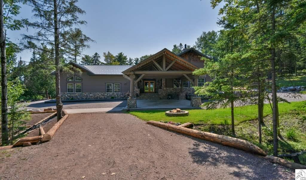 1818 Ridgewood Ct, Duluth, MN 55804