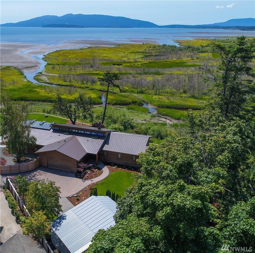 1505 Island View Dr, Bellingham, WA 98225