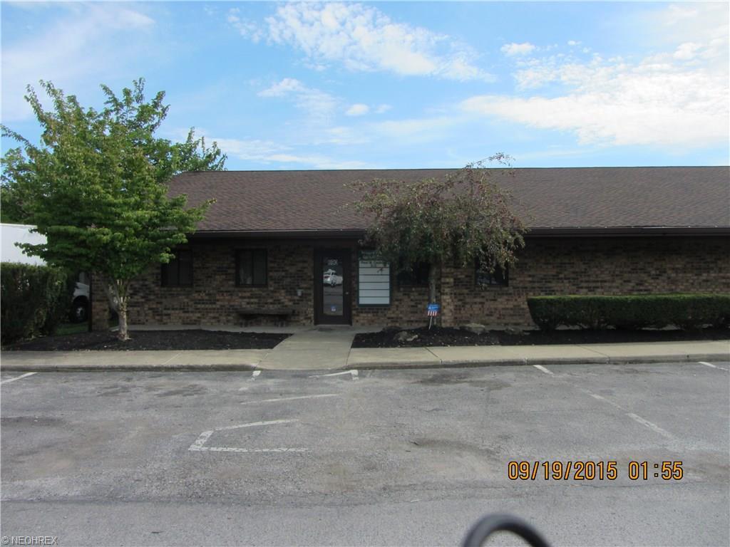 690 Youngstown Warren, Niles, OH 44446