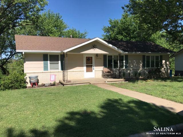 502 Kingsley Street, Ellsworth, KS 67439