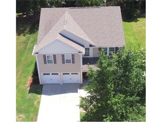 112 S Cromwell Drive, Mooresville, NC 28115