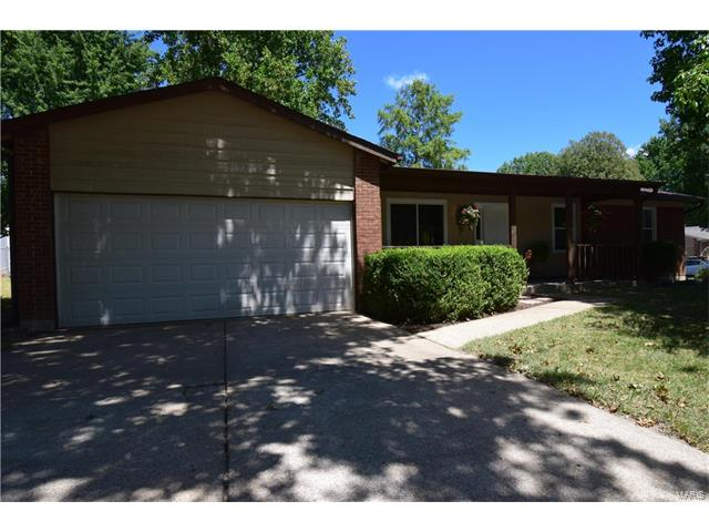 12 Terrestrial Hill, St Peters, MO 63376