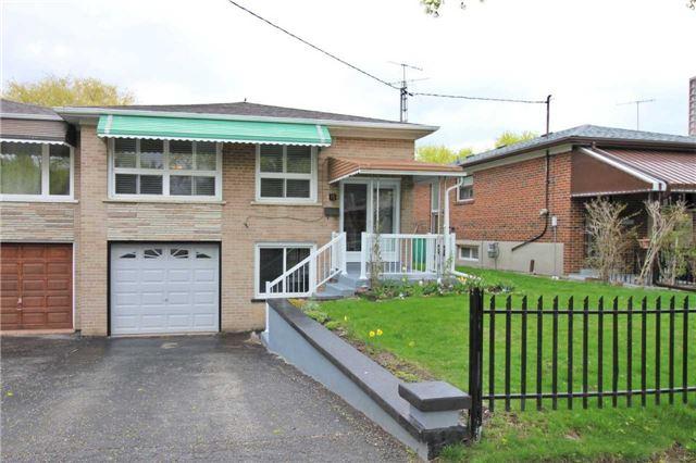 15 Wilmont Dr, Toronto, ON M3N 1N5