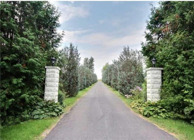 279 St Pierre Rd, Russell, ON K0A 3H0