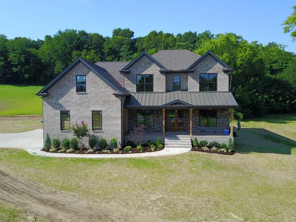 5231 Mead Park Dr, Thompsons Station, TN 37179