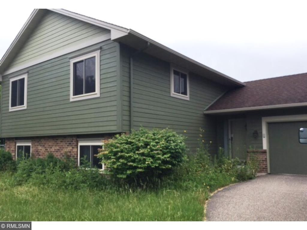 10705 35th Place N, Plymouth, MN 55441