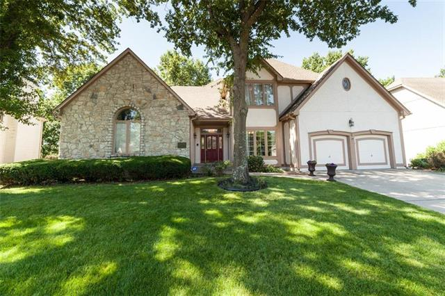 18009 Fall Drive, Independence, MO 64055