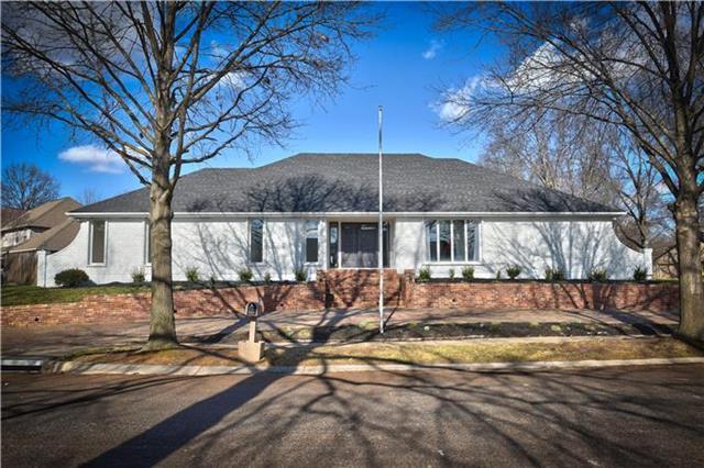 10112 MACKEY Street, Overland Park, KS 66212