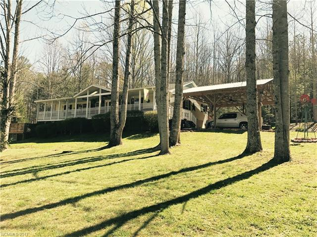 513 Gonce Drive, Mills River, NC 28759