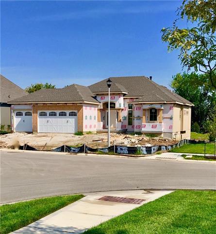 10400 W 170th Place, Overland Park, KS 66221