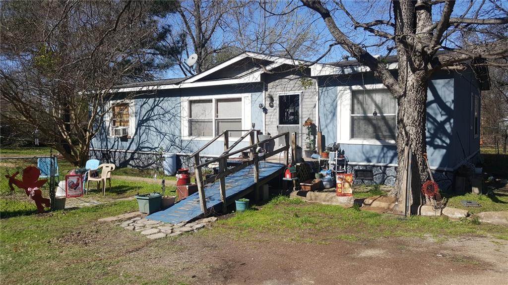 206 Wesley Street, Malakoff, TX 75148