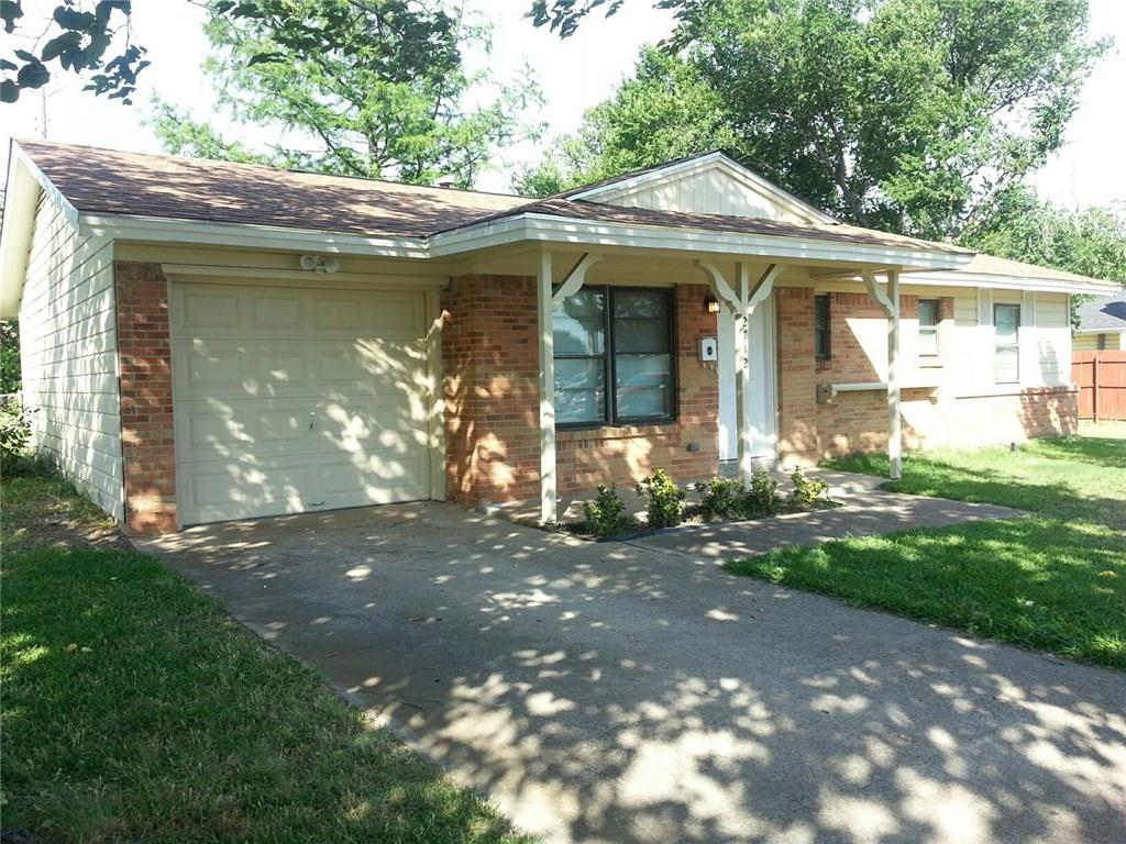 2712 W Rochelle Road, Irving, TX 75062