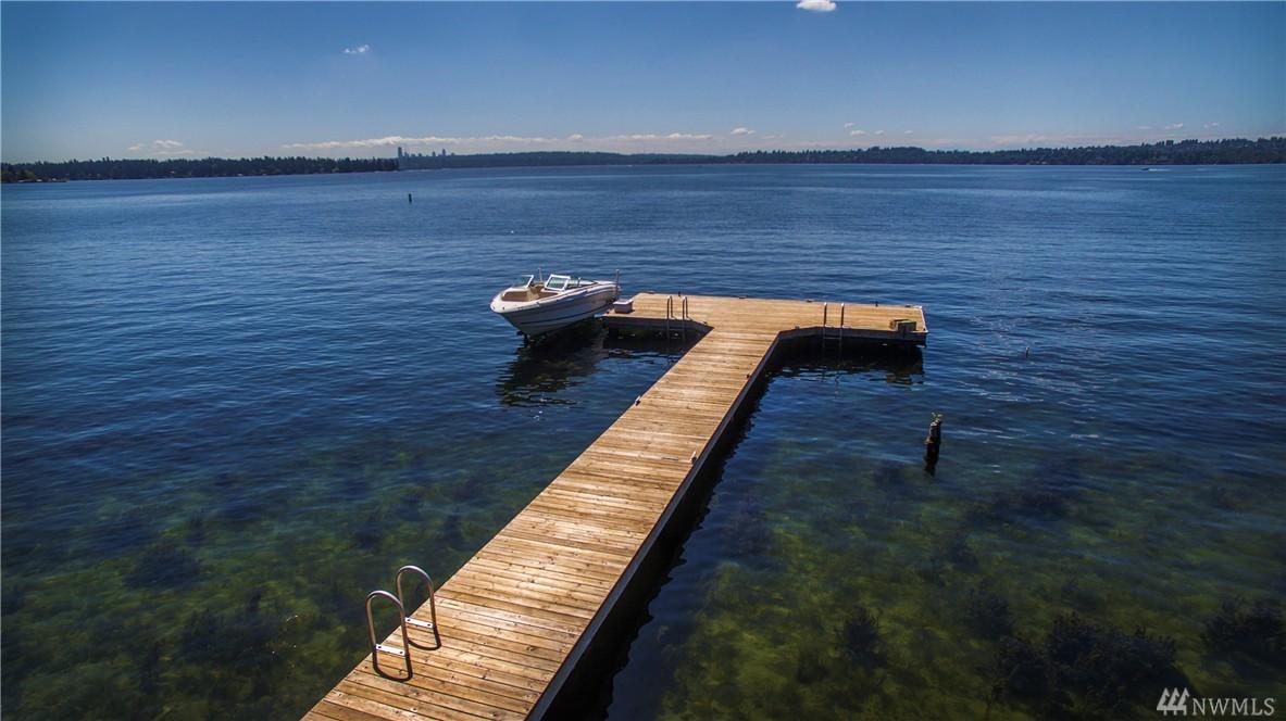 6209 Lake Washington Blvd NE, Kirkland, WA 98033
