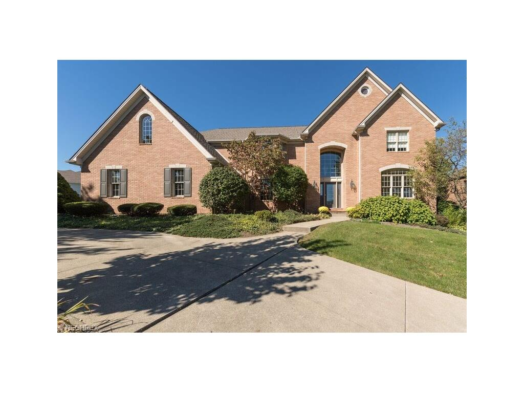 6199 Isley Rd NW, Canton, OH 44718