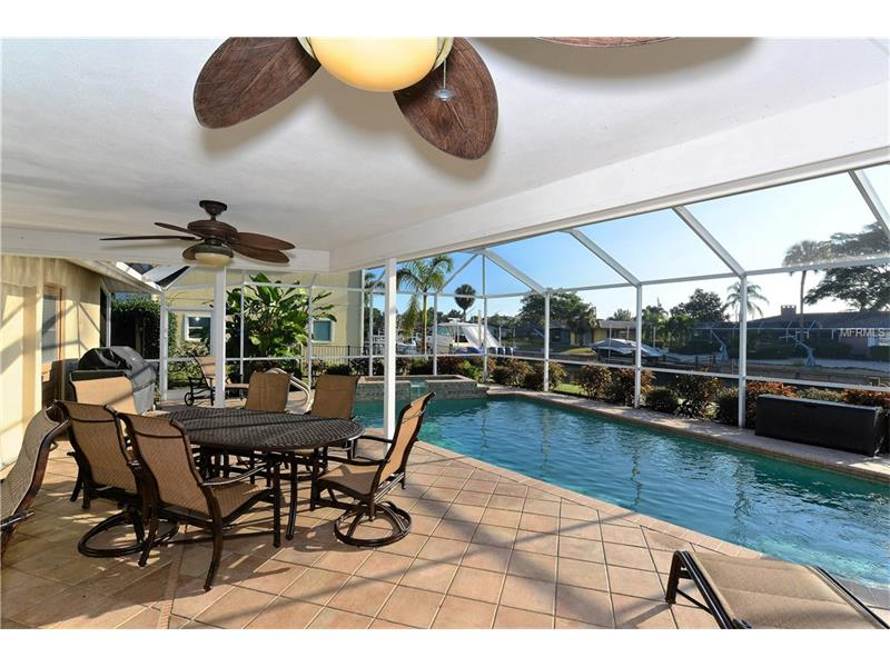 512 HORNBLOWER LANE, LONGBOAT KEY, FL 34228