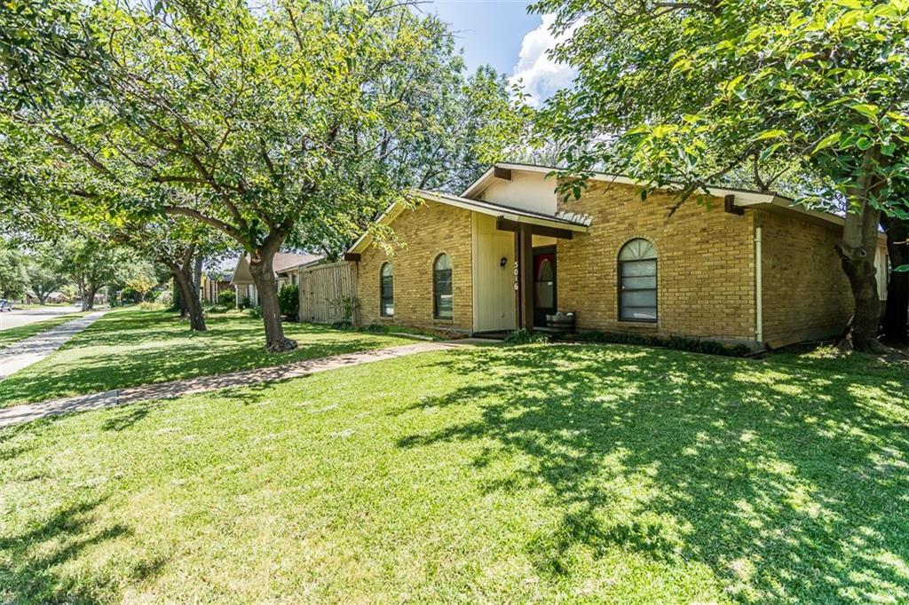 5016 Strickland Avenue, The Colony, TX 75056
