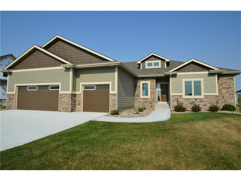 4410 NE 45th Court, Ankeny, IA 50021