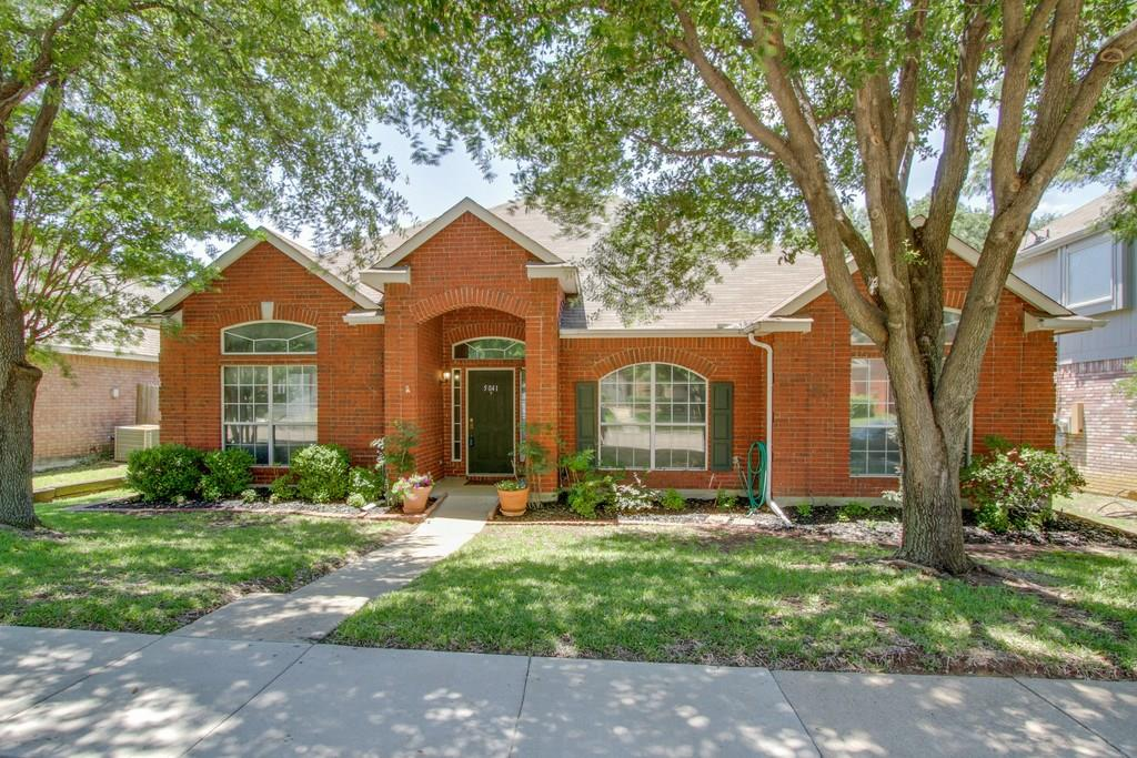 5041 Lake Vista Drive, The Colony, TX 75056