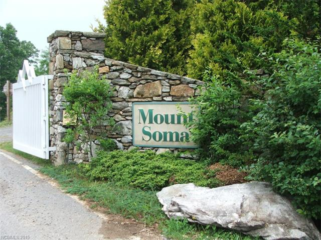 00005 MOUNT SOMA Boulevard, Clyde, NC 28721