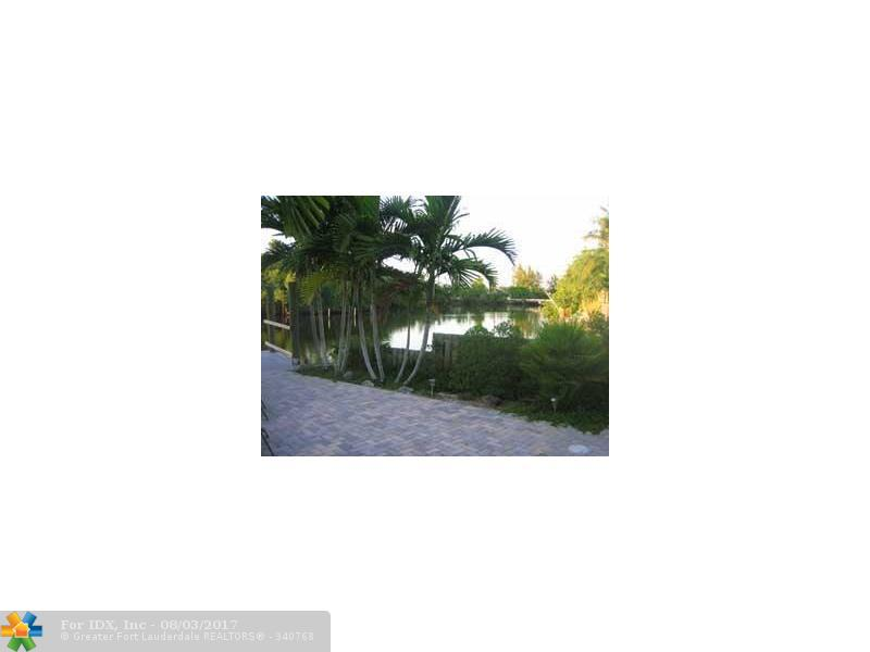 929 NE 18th Ct, Fort Lauderdale, FL 33305