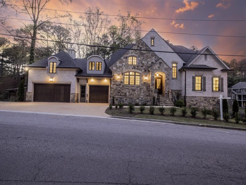 2855 Orchard Knob Drive, Atlanta, GA 30339