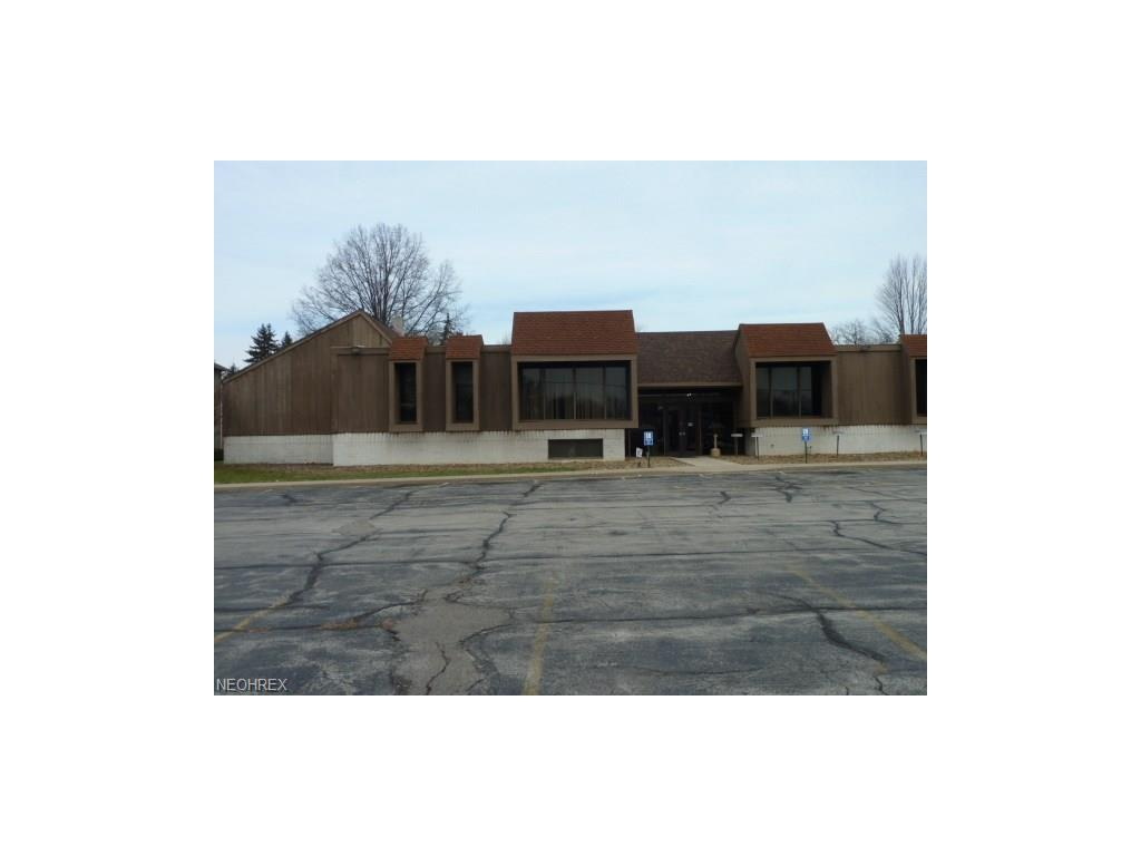 860 Boardman Canfield Rd, Youngstown, OH 44512