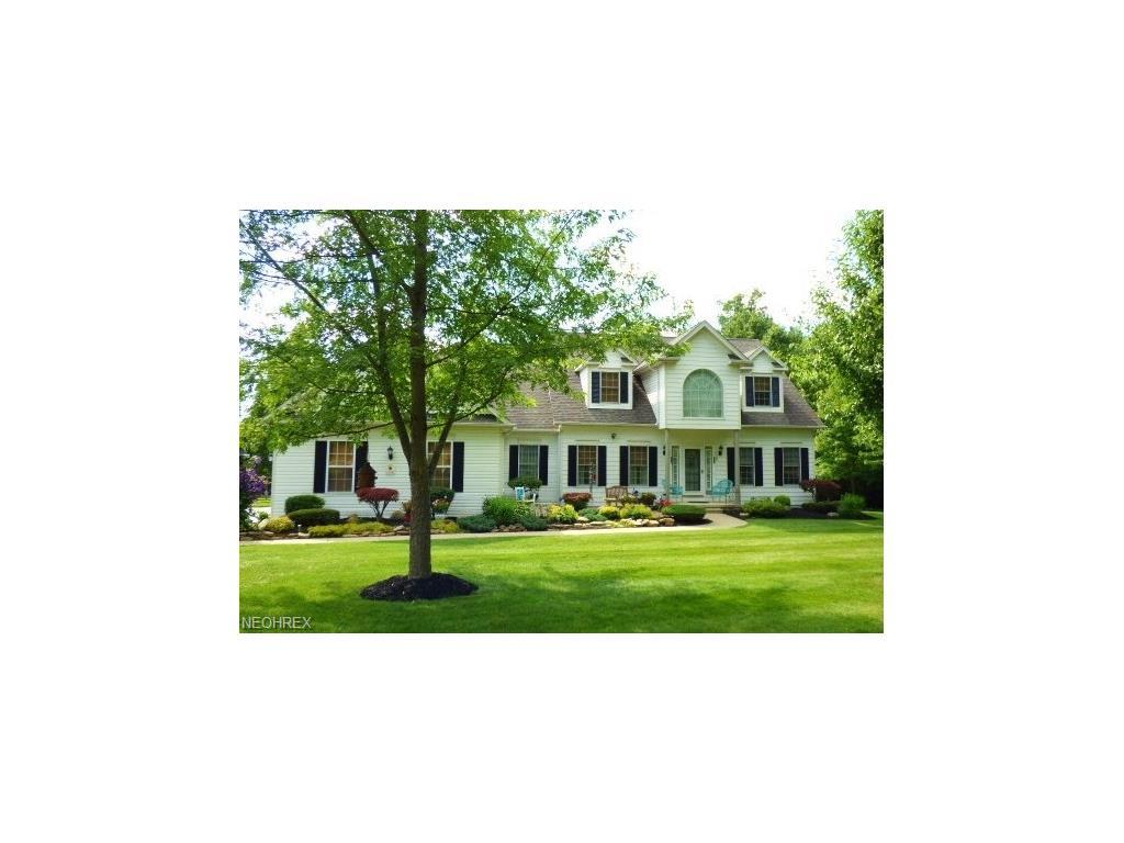 16760 Orange Lane Ln, Chagrin Falls, OH 44023