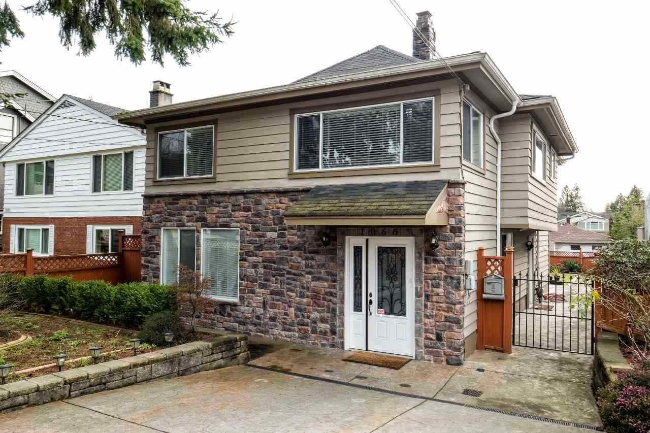 1066 KINGS AVENUE, West Vancouver, BC V7T 2B9