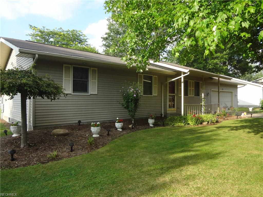 106 Brent Pl, Cortland, OH 44410