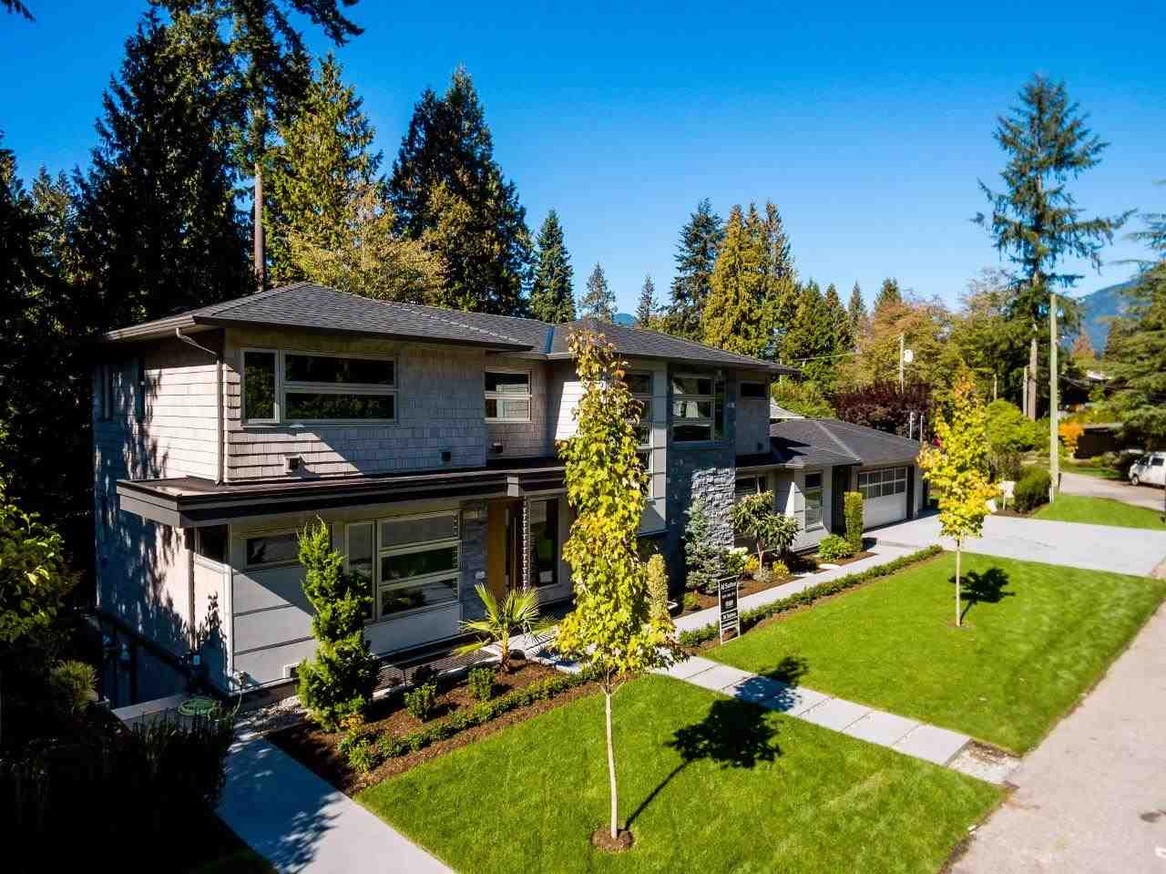 2707 COLWOOD DRIVE, North Vancouver, BC V7R 2R2